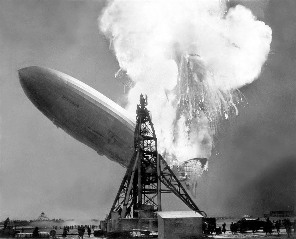 lz-129-hindenburg-exploding