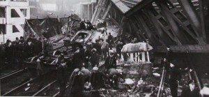 Lewisham-Rail-Crash-1957
