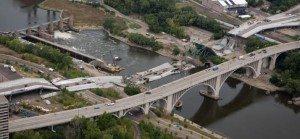I-35W-the-Minneapolis-Bridge-Disaster-2007