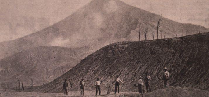 santa-maria-1902-volcanic-erruption